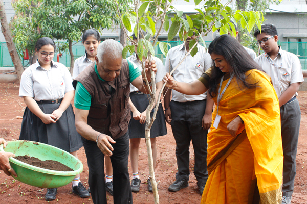 Global Indian International School, Chinchwad achieves the milestone of successfully planting over 8,000 plants on the occasion of World Environment Day