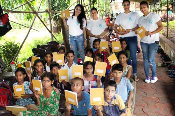 Actress Nikita Rawal celebrated her birthday with Street kids of Prayas Foundation