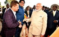 Designer Riyaz Gangji of Libas was invited by the President Museveni  His Excellency of Uganda to receive Indian Prime Minister Narendra Modi