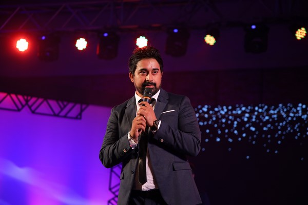 Rannvijay Singh would like to play a friendly game of poker with Aamir Khan