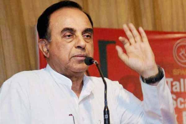 Subramanian Swamy: Mehbooba Mufti is like tail of a dog, which can't be straightened