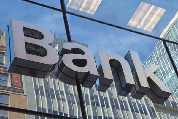 Banking & financial services' sector to spend Rs 49,900 cr on IT in 2015