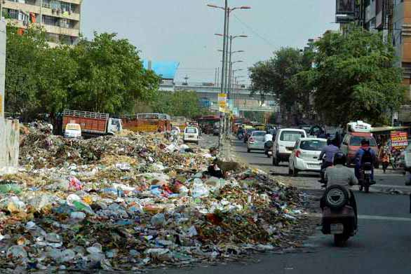 Garbage problem in Delhi: 100 trucks pressed into service to clear waste