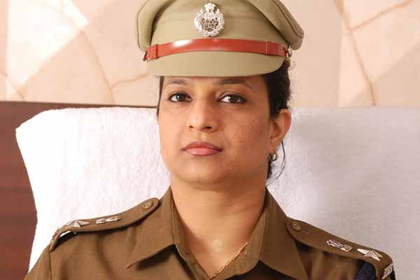 Woman Cop in Gurgaon who took on police commissioner transferred