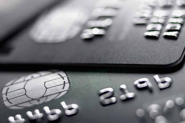 US retailers push banks to use PINs on credit cards