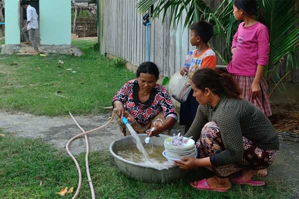 Cambodia: UN rights expert launches fact-finding mission on women and indigenous peoples