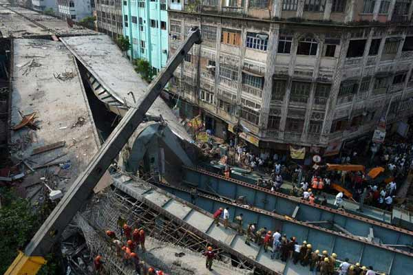 Kolkata flyover traged: 6 IVRCL officials detained; death toll rises to 24