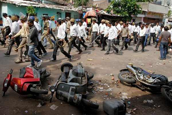 Gujarat CM urges people to maintain peace as Patel quota stir turns violent, curfew clamped in Mehsana;