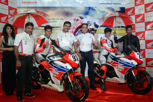 Honda Racing Revs up excitement; launches India's first motorsports Help'Line by a manufacturer!