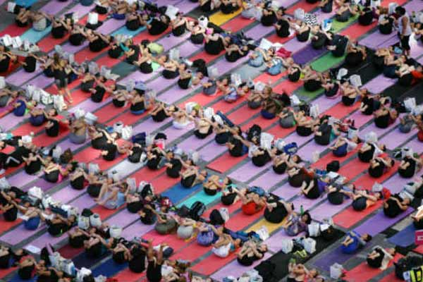 Yoga day: People from 135 nationalities participated in front of iconic UN Secretariat building
