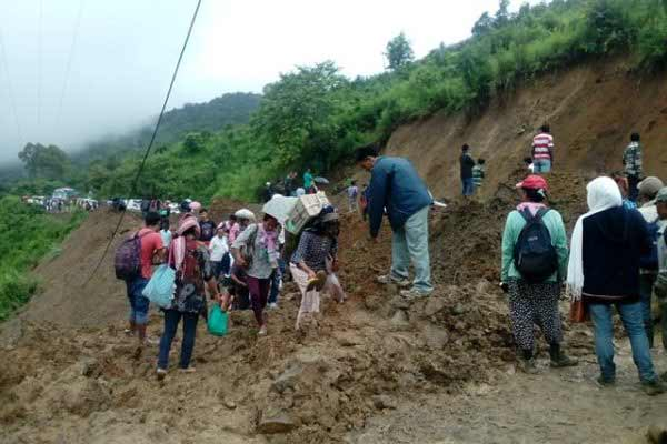 Landslide on National Highway 2; disrupts traffic to and from Manipur