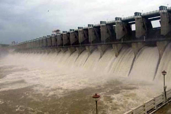 Cauvery water issue: Protests continue in Karnataka