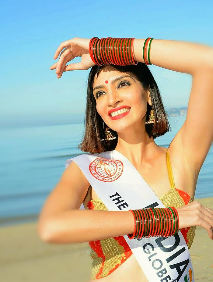 BEAUTY WITH BRAINS! Miss India,  Dimple Patel was crowned The Miss Globe 2016