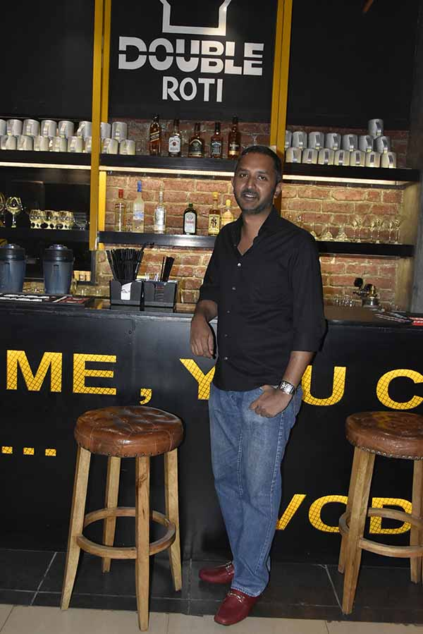 Double Roti Opens its Doors to Pune with a full bar and exciting array of unique cocktails