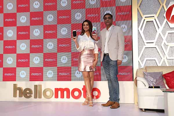 Meet the all new Moto M: Ultimate Combination of Power and Style