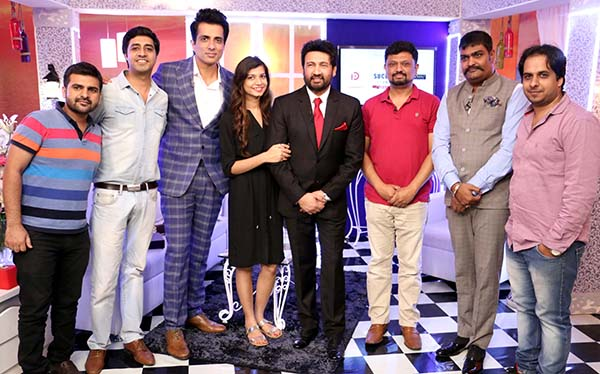 Shekhar Suman to host Brands Impact's Success Stories - Zameen se Falak Tak - Season 1 on Zee Business.