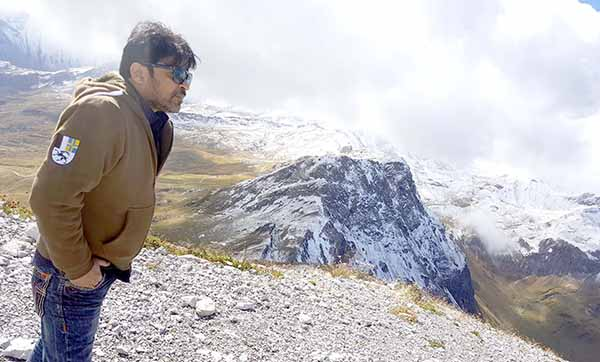 Chandrakant Singh who is directing thriller with Arbaaz khan went to finalise the location in Switzerland