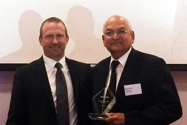 INDO SCHOTTLE Awarded for best delivery performance in India at the global suppliers conference held at Geneva