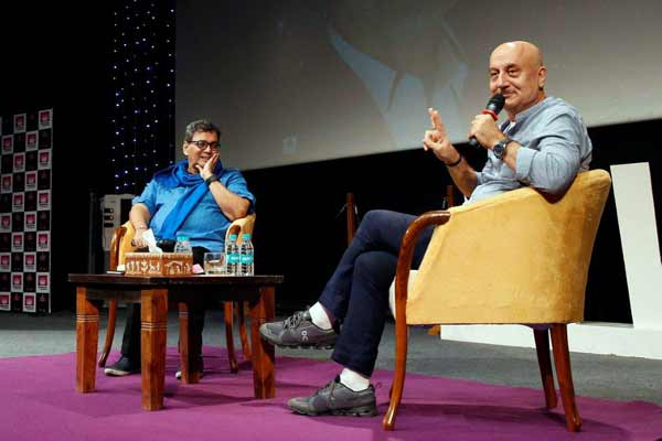 """""""ACTORS ARE NOT BORN, ACTORS ARE MADE,"""" SAID ANUPAM KHER AT WHISTLING WOODS INTERNATIONAL"""
