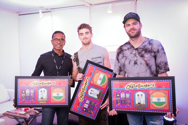 Chainsmokers Love their Indian Plaque!