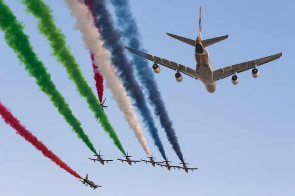 ETIHAD AIRWAYS MARKS START OF GRAND PRIX WITH SPECTACULAR A380 FLY-PAST