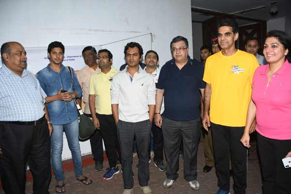NAWAZUDDIN SIDDIQUI JOINS HIS STEPS TOWARDS SWACHHTA WITH MUMBAI CENTRAL CGST COMMISSIONERATE