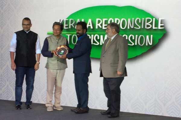 "Kerala Responsible Tourism Mission Bags ""Outstanding Achievement Award""; Top Laurel in Indian Responsible Tourism Sector"