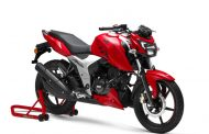 TVS Motor Company launches the new 2018 TVS Apache RTR 160 4V in Maharashtra