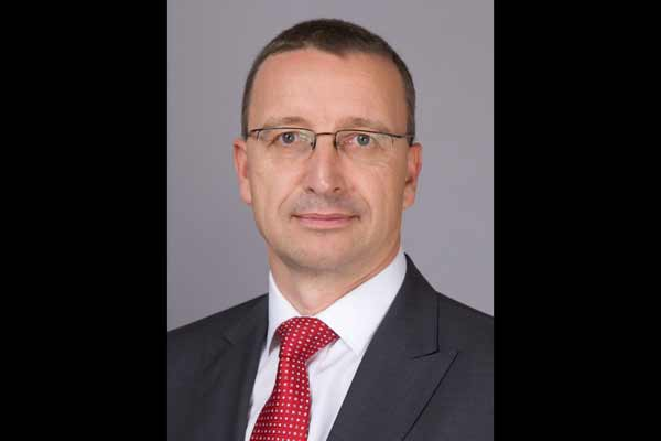 Martin Schwenk will become new Managing Director and CEO of Mercedes-Benz India; Roland Folger will take over a new position in Thailand & Vietnam