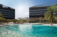 HONG KONG OCEAN PARK MARRIOTT HOTEL OFFERS THEME PARK RESORT ADVENTURE FOR BUSINESS AND LEISURE