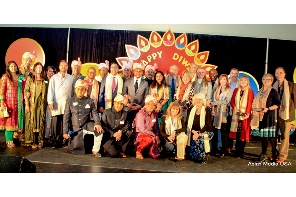 Over 5000 attend The City of Aurora's festival of lights, Diwali