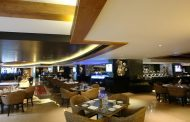 Spend your Sunday with a Star brunch at Hotel Sahara Star along with a sparkling Chandon