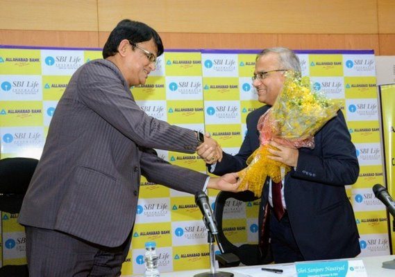 Allahabad Bank and SBI Life Insurance announce a Bancassurance partnership, to make insurance more accessible to consumers across India