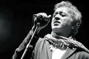 The Man With The Golden Voice, Lucky Ali Performing Live @ Phoenix Marketcity, Pune