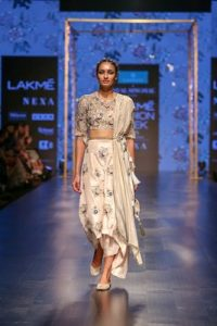 c8ec95ceb3faaa CAPRESE PRESENTED THE EXCITING FUSION COLLECTION BY PAYAL SINGHAL AT ...