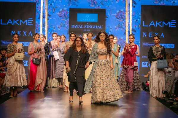 CAPRESE PRESENTED THE EXCITING FUSION COLLECTION BY PAYAL SINGHAL AT LAKMÉ FASHION WEEK SUMMER/RESORT 2019