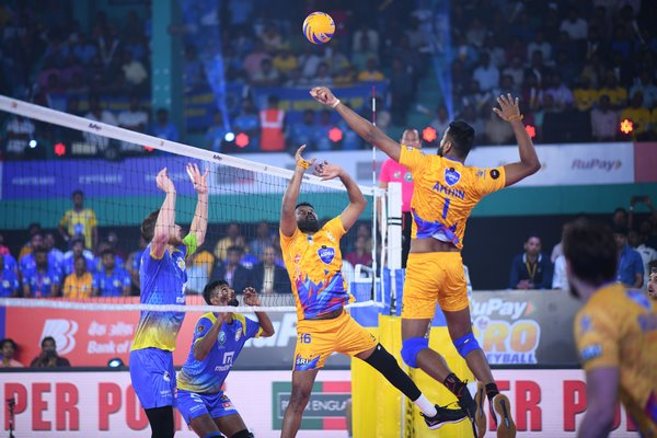 Kochi Blue Spikers register a comeback win beating Chennai Spartans 3-2 on Day 10 of RuPay Pro Volleyball League