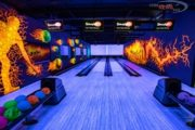 Have fun with your fellow girlfriends with Smaaash's Thursday Ladies Bowling Nights
