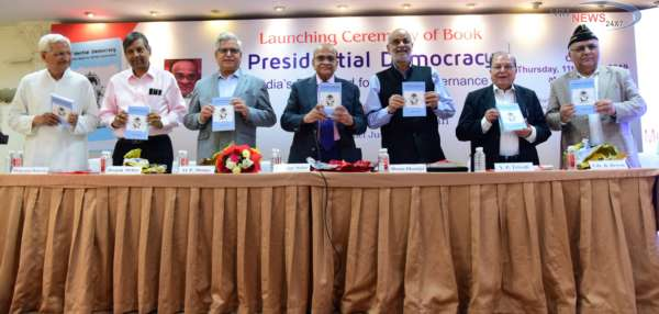 Shri Jashwant Mehta's Latest Book 'Presidential Democracy - India's Dire Need For Better Governance' Launched In Mumbai