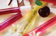 KIEHL'S INTRODUCES GLOW-INFUSING LIP OIL TREATMENT