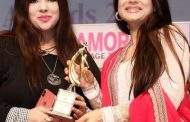 Ashima Sharma awarded with National Excellence Award 2019 for contributions to fashion and arts by Actress Ameesha Patel
