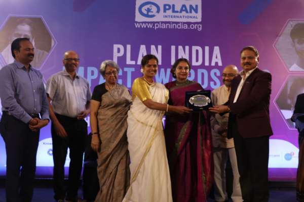 9 outstanding last mile champions felicitated for their inspiring contribution towards community change at  the Plan India Impact Awards 2019
