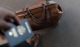 Quick Tips To Air Travel Peacefully Along With Expensive Luggage